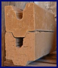 brique de terre crue pour mur chauffant. Black Bedroom Furniture Sets. Home Design Ideas